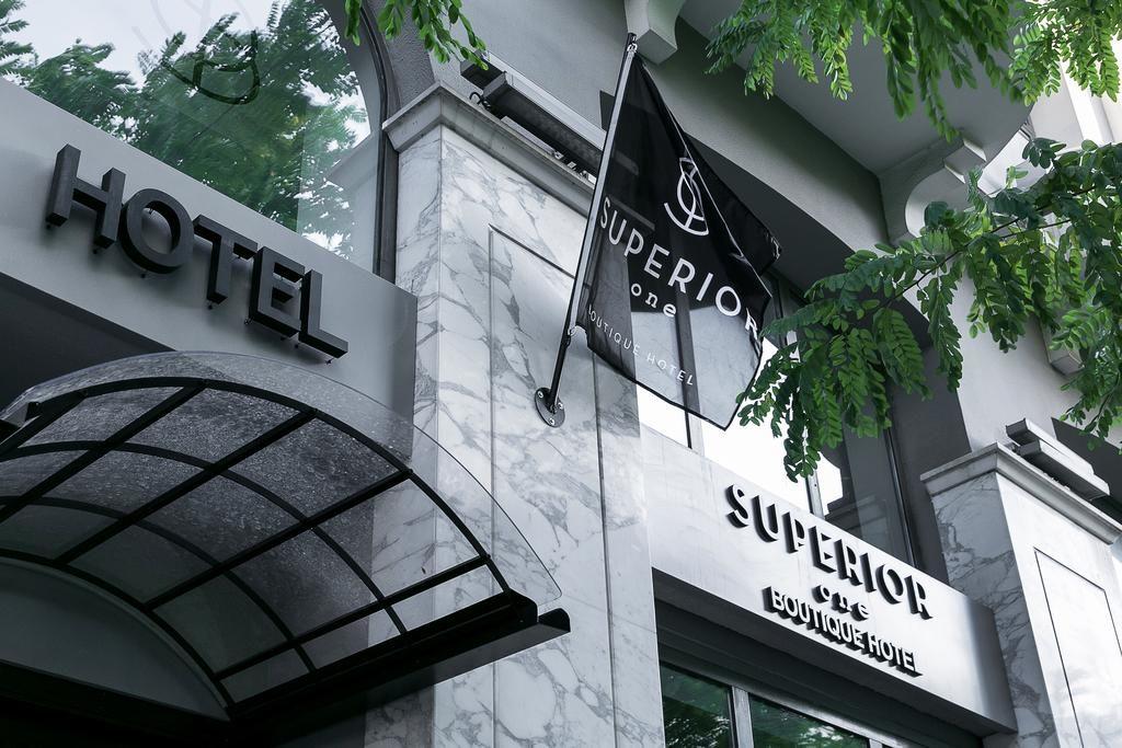 Transfer Superior One Boutique Hotel