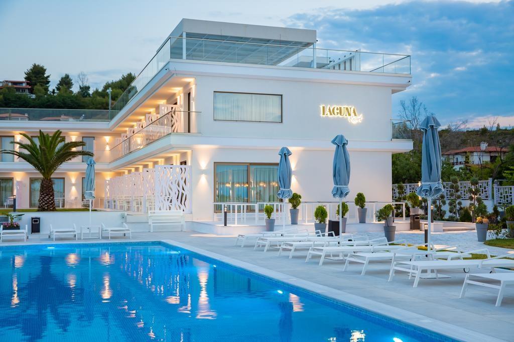 Transfer Laguna Resort